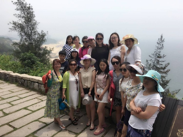 2016年5月12日公司组织员工到广州海陵岛旅游